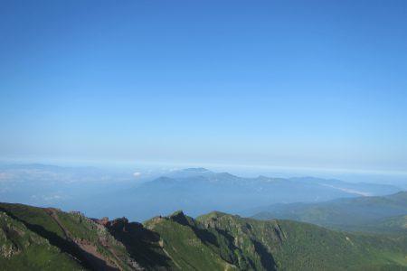 鳥海山が見えています。