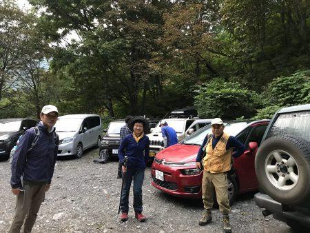 黄金色の草紅葉が進んでいる頂稜湿原の会津駒ヶ岳から中門岳の山旅でした(^◇^)
