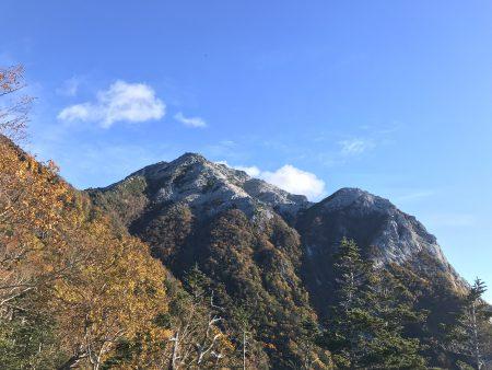 南アルプスの山の登るたびに、そのかっこいい山容で目立つ甲斐駒ヶ岳‼️