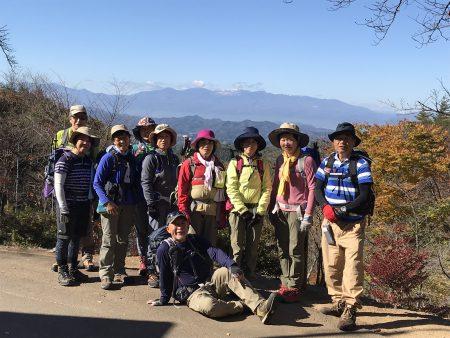 美しい歴史を秘めた秋の霊山。いつもと違う北霊山からの縦走ルートです。