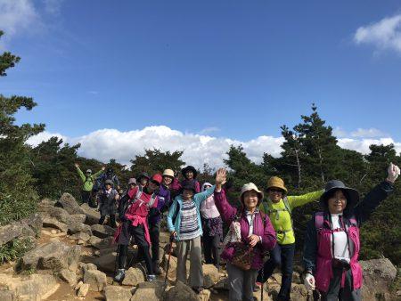 安達太良山は、暑かった夏から秋色に少しずつ進んでいるようです。