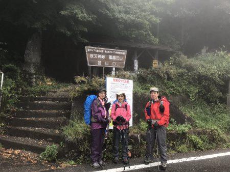 夜叉神峠から花崗岩の頂稜を経て堂々たるオベリスクへ‼︎