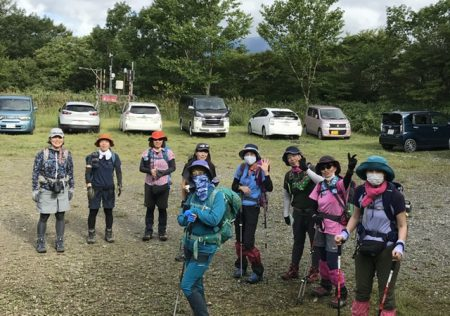 いつもと違う表情がある安達太良連峰をめざす‼︎ 沼尻登山口から火山源沼の平をめぐる周回コースを歩きました。