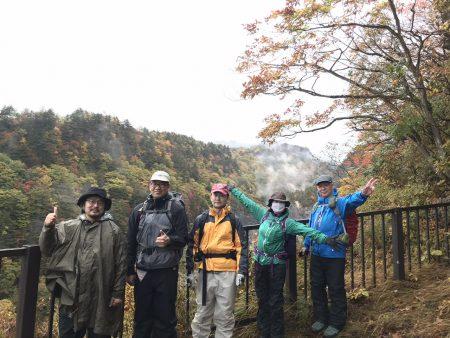 福島・湧出日本一の沼尻元湯で野湯体験「エクストリーム温泉」ツアーをガイドして来ました。