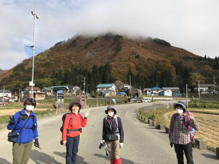 晩秋の奥会津〜 会津のマッターホルンと呼ばれる蒲生岳にトライして来ました。