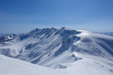 東洋一の大雪庇をほこる守門岳は、すべてに於いて凄すぎでした‼️